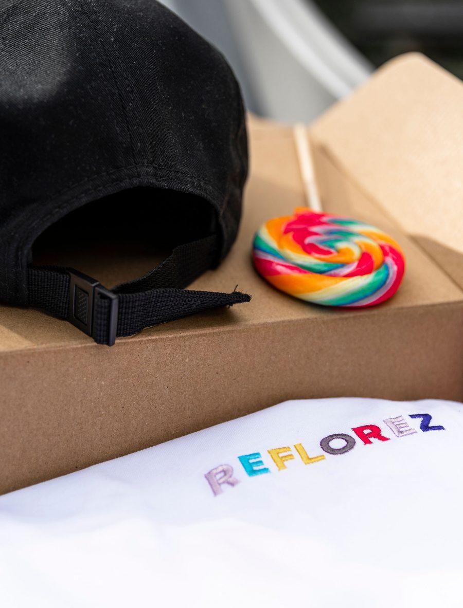 Reflorez cap and shirt